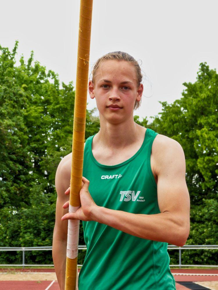 Lukas Kleinschrodt 4,30m - 2021